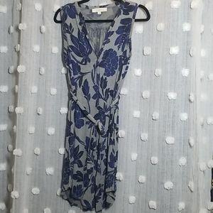 Ann Taylor LOFT Floral Shift Dress size S